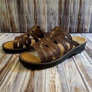 Women's Clarks Mia leather sandals Size 8M